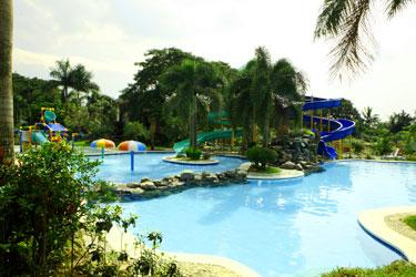 Boggling Bobz Green Nature Resort Amp Leisure Park A