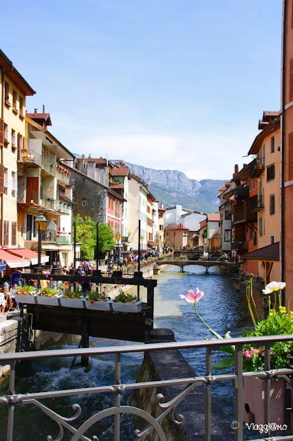 I canali di Annecy che le hanno valso il soprannome di Venezia Francese