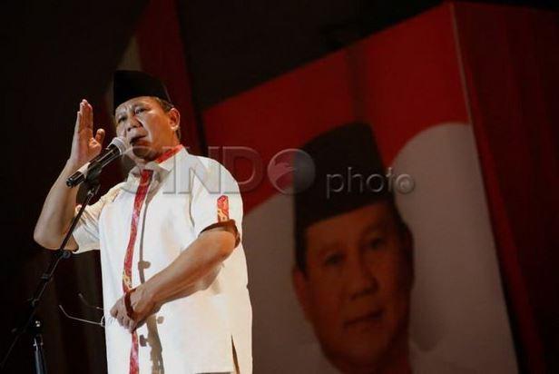Survei Capres 2024: Prabowo Teratas, Ganjar-Anies Bersaing Ketat