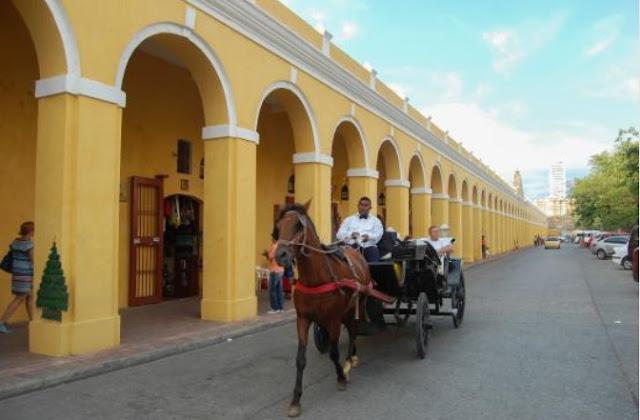 plaza-de-las-bovedas