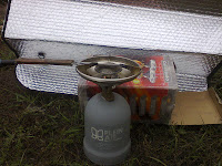 нагреть нож газовой горелкой