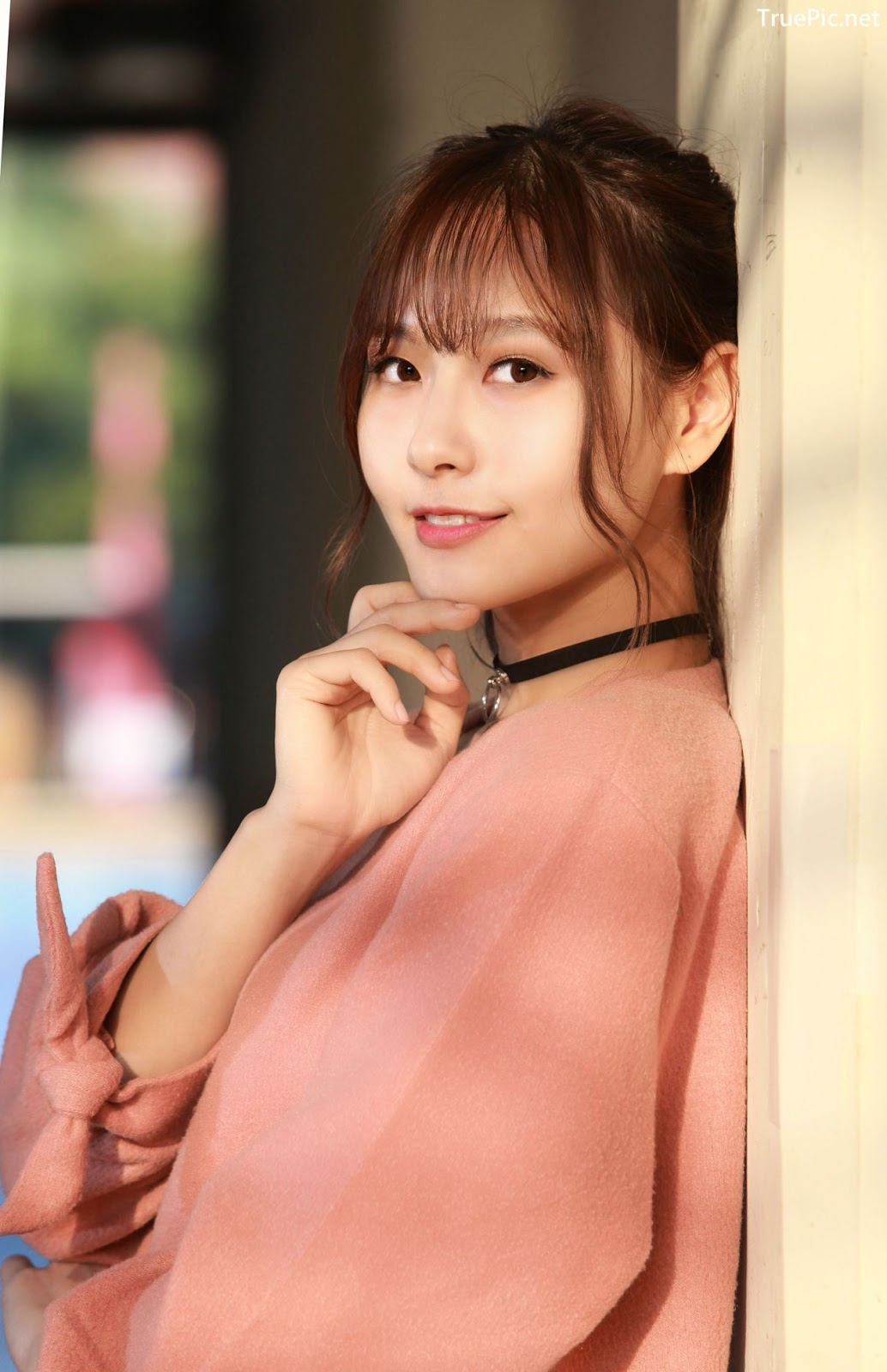 Image-Taiwanese-Model-郭思敏-Pure-And-Gorgeous-Girl-In-Pink-Sweater-Dress-TruePic.net- Picture-2