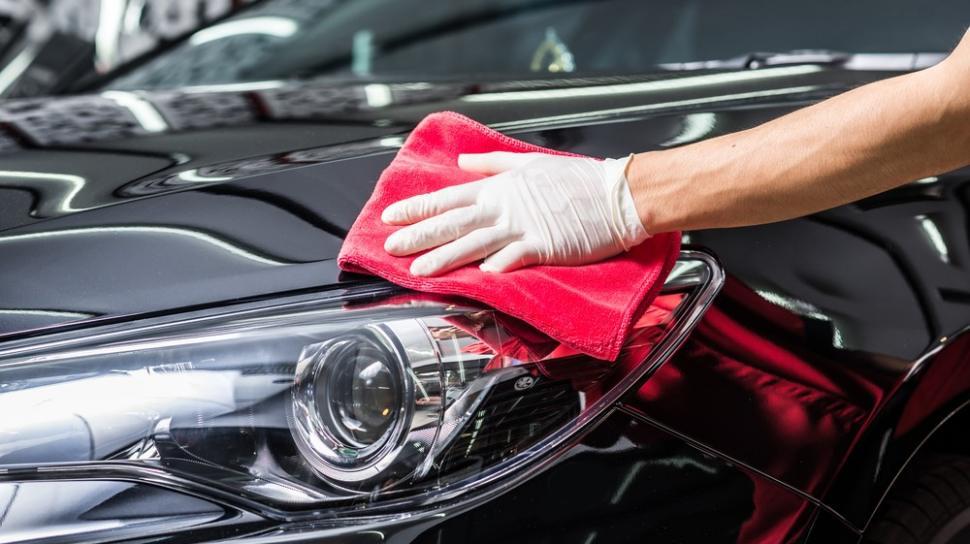 Cara Mudah dan Murah Merawat Eksterior Mobil