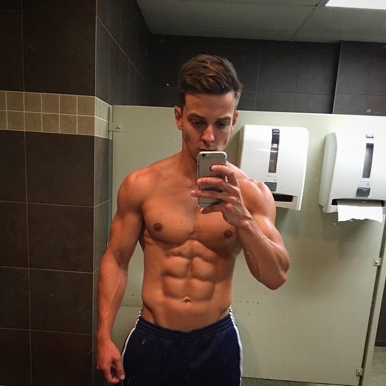 perky-male-pecs-nipples-sixpack-abs-fit-shirtless-bro-bathroom-mirror-selfie