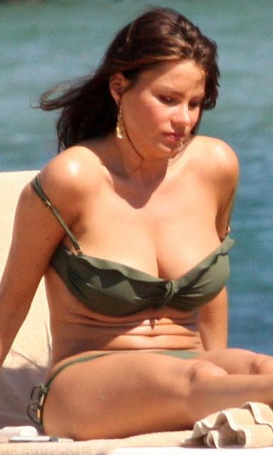 Sofia Vergara Bikini Hot Sexy Boobs Images Naked Girls