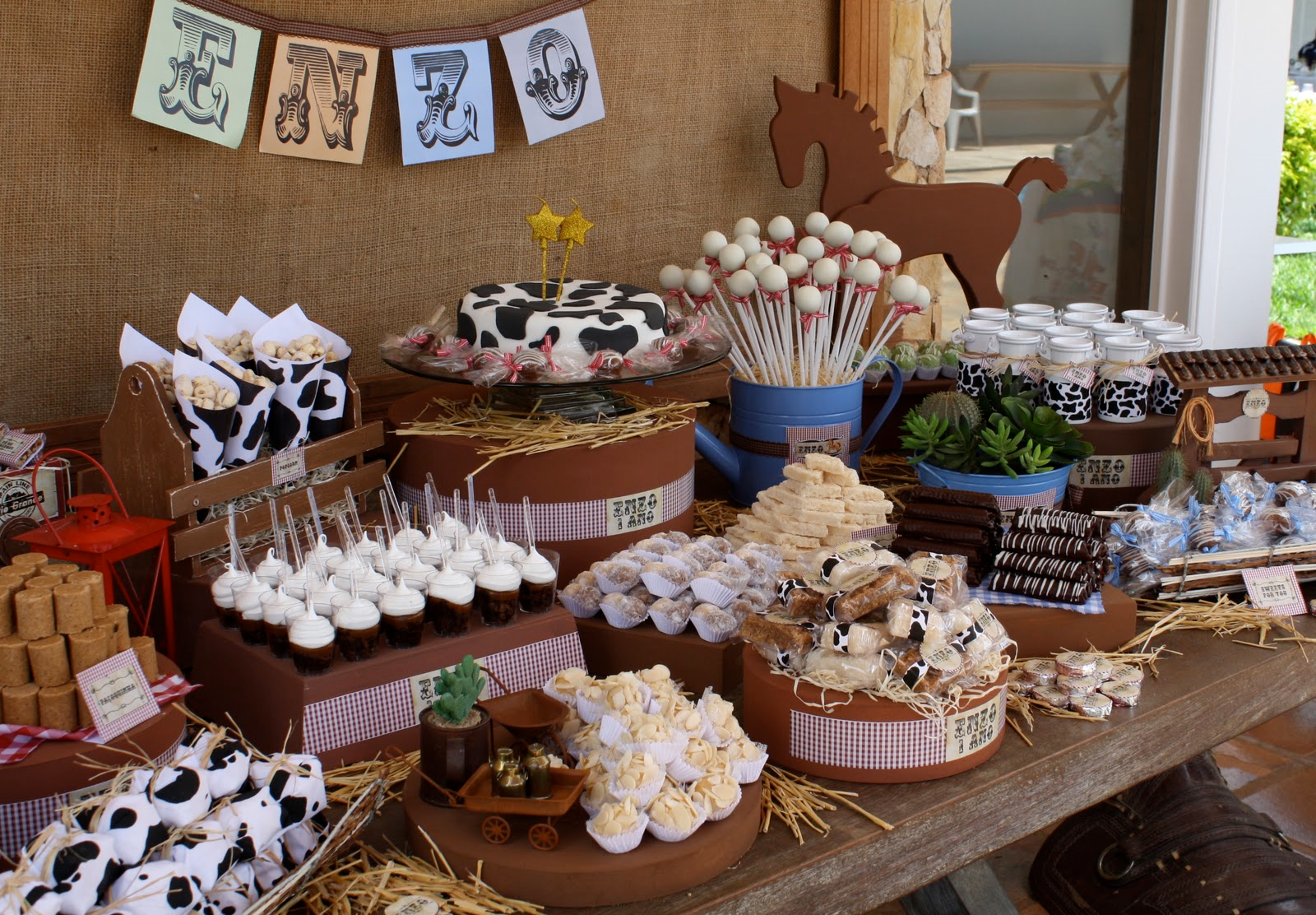 Party Frosting Western Cowboycowgirl Party Ideasinspiration