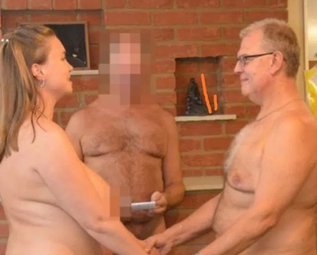 Couple marry naked in front of 40 naked guests