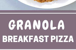Healthy Breakfast Pizza With Granola Crust, Yogurt And Berries (Vegetarian)