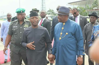 Image of how  Acting President Yemi Osinbajo was Receives In Port Harcourt