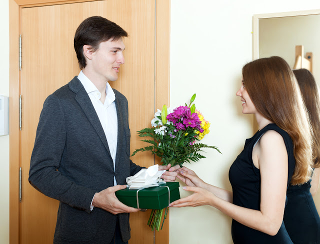 How to Choose Best Gift for Girlfriend on this Valentine's day