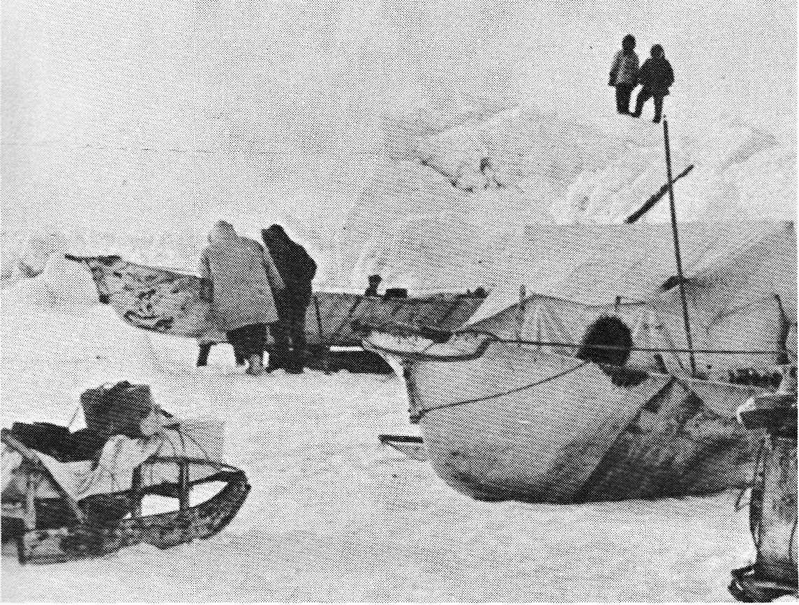 Inuit whale-hunting camp on the ice