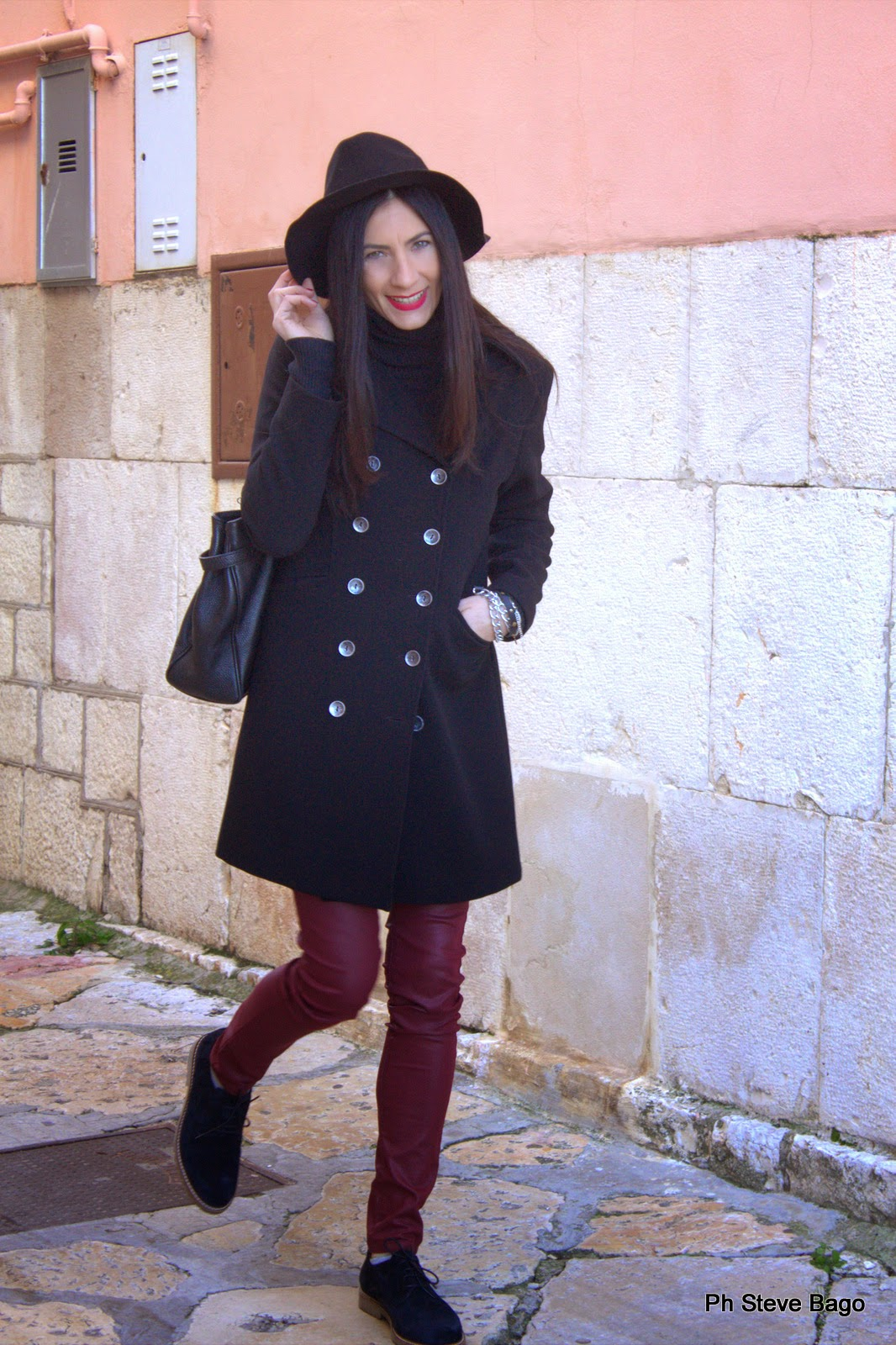 themorasmoothie, fashionblog, fashionblogger, fashion, outfit, look, outfitoftheday, lookoftheday, marsala, ska, skashoes, girl, me, model, fashionista, fashionable, instafashion, shopping, shopping on line, camaieu, shoes, pant, bag, coat, hat, primark
