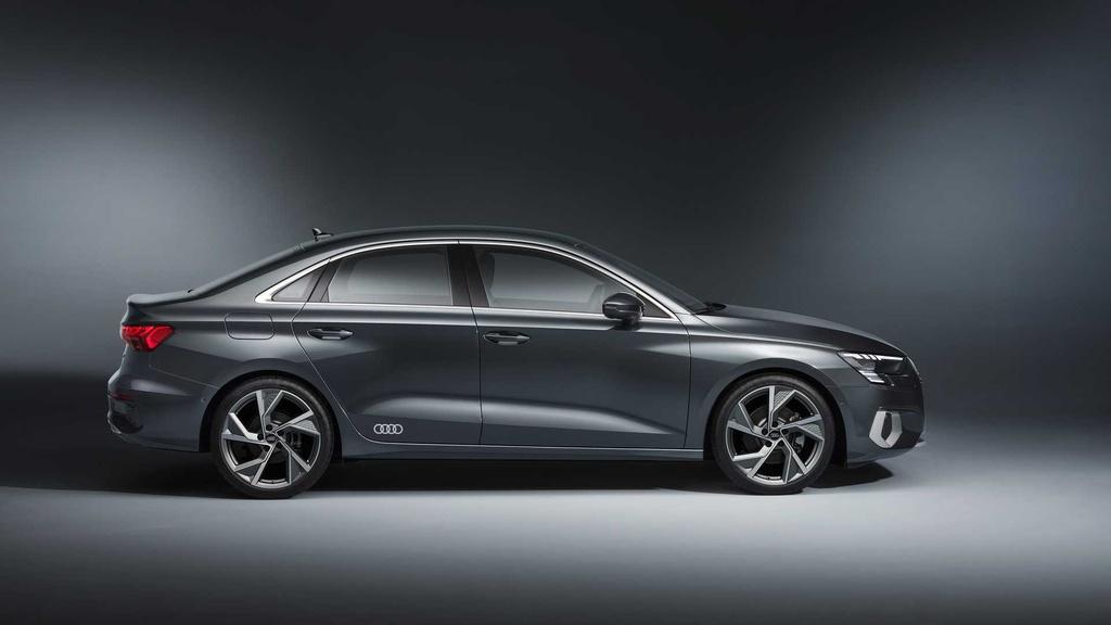 Audi A3 mới ra mắt tại Mỹ - bản sedan, lớn hơn đời trước
