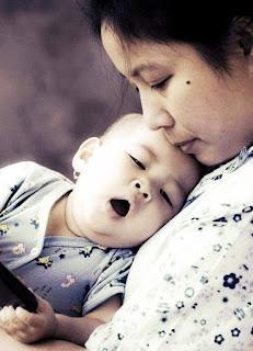 Topik Referensi Cerita Inspirasi Kehidupan 'Ungkapan Kasih Ibu'