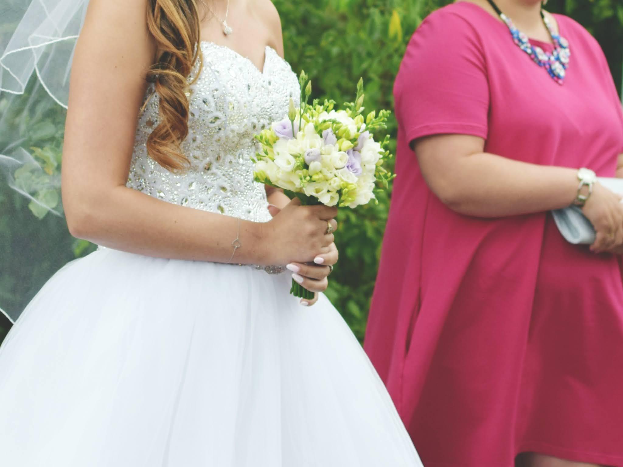 Stylizacja plus size na wesele