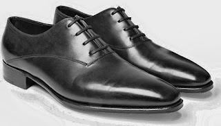 Oxford Shoes Men, Oxford Male, OXFORD, COMPLETE GUIDE TO MALE DRESS SHOES, Complete Guide To Men's Dress Shoes - Teaching Men's Lifestyle, Types,Male Shoes,Style Tips,Personal Care,Fashion,Well Dressed,Shoe,Differences,Male Fashion Tips,Men's Fashion & Style,How To Use,Fashion Advice,Style,Models,Latest,Men's Shoe,Look,Story,Tips, But there is a wild model that every man needs in the closet: the basic black leather, perfect for wearing with a suit.  DERBY.  Male Derby Shoe.  derby.  At first glance, Derby ...