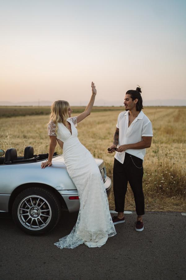 """""""Road Trip"""" la colección de novias 2021 de Extraordinary"""