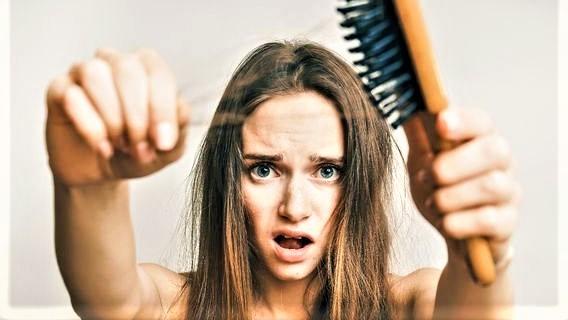 Saç Dökülmesini Önleyen ve Saç Sağlığını Geliştiren Besinler