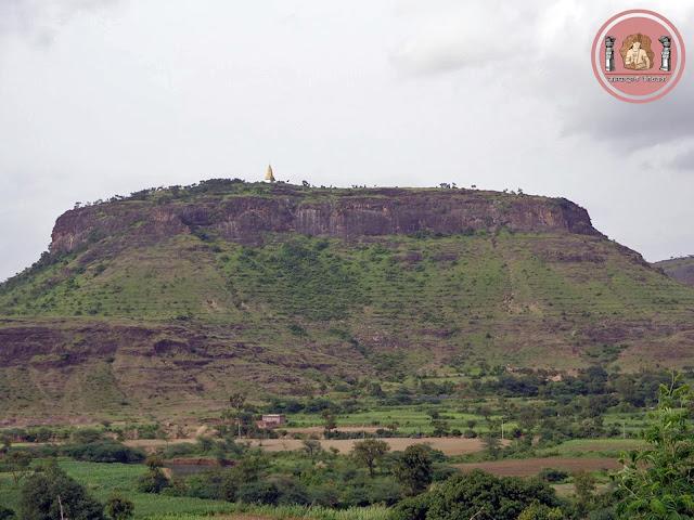 महाराष्ट्राचा 'महावृक्ष'