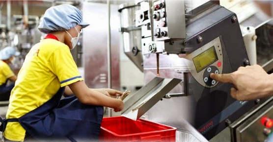 Lowongan Kerja Bagian Quality Control Lab Analyst di PT Mayora Indah Tbk (Lulusan SM/SMK/Setara/D3/S1)