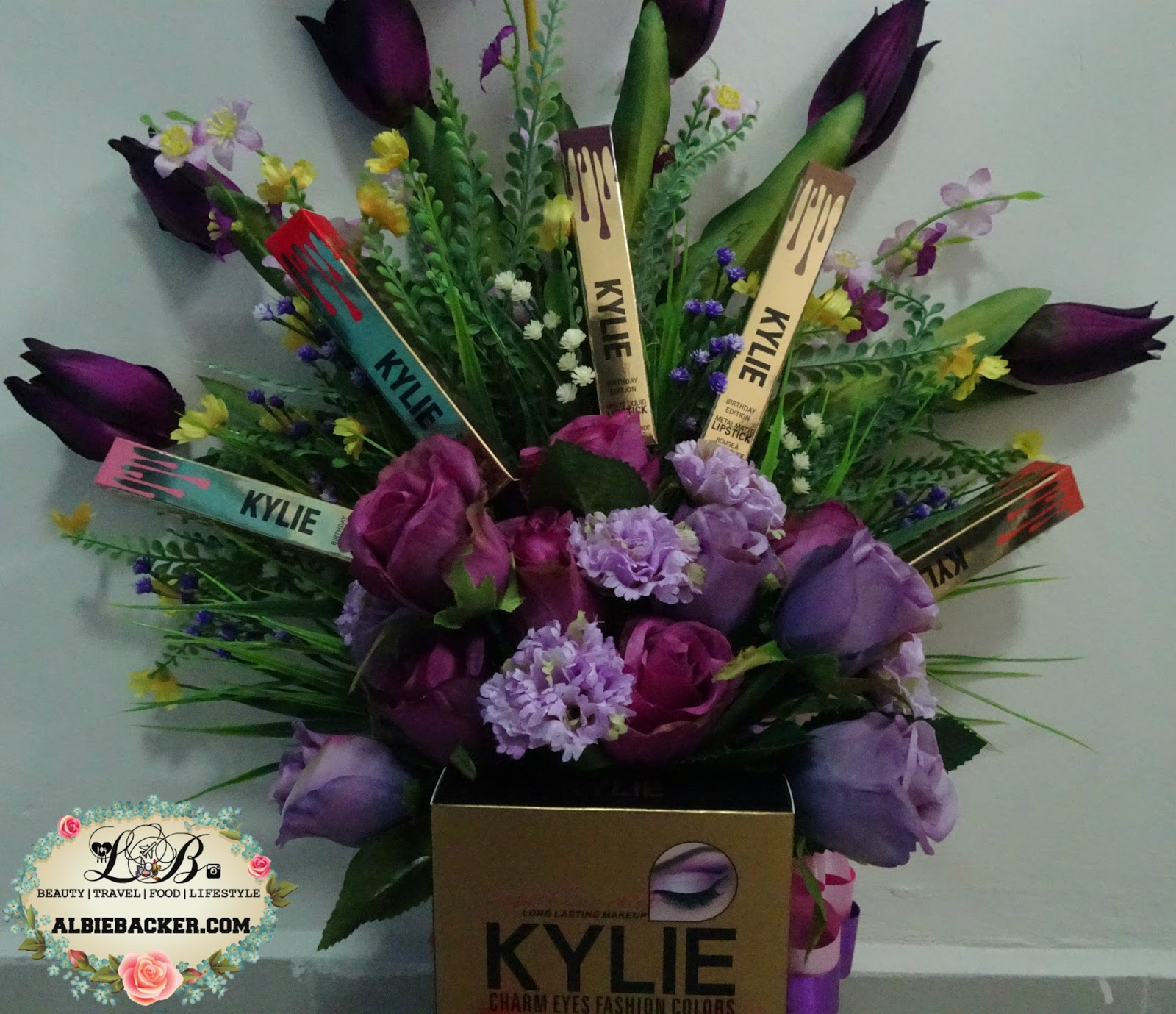 How To Make Makeup Bouquet