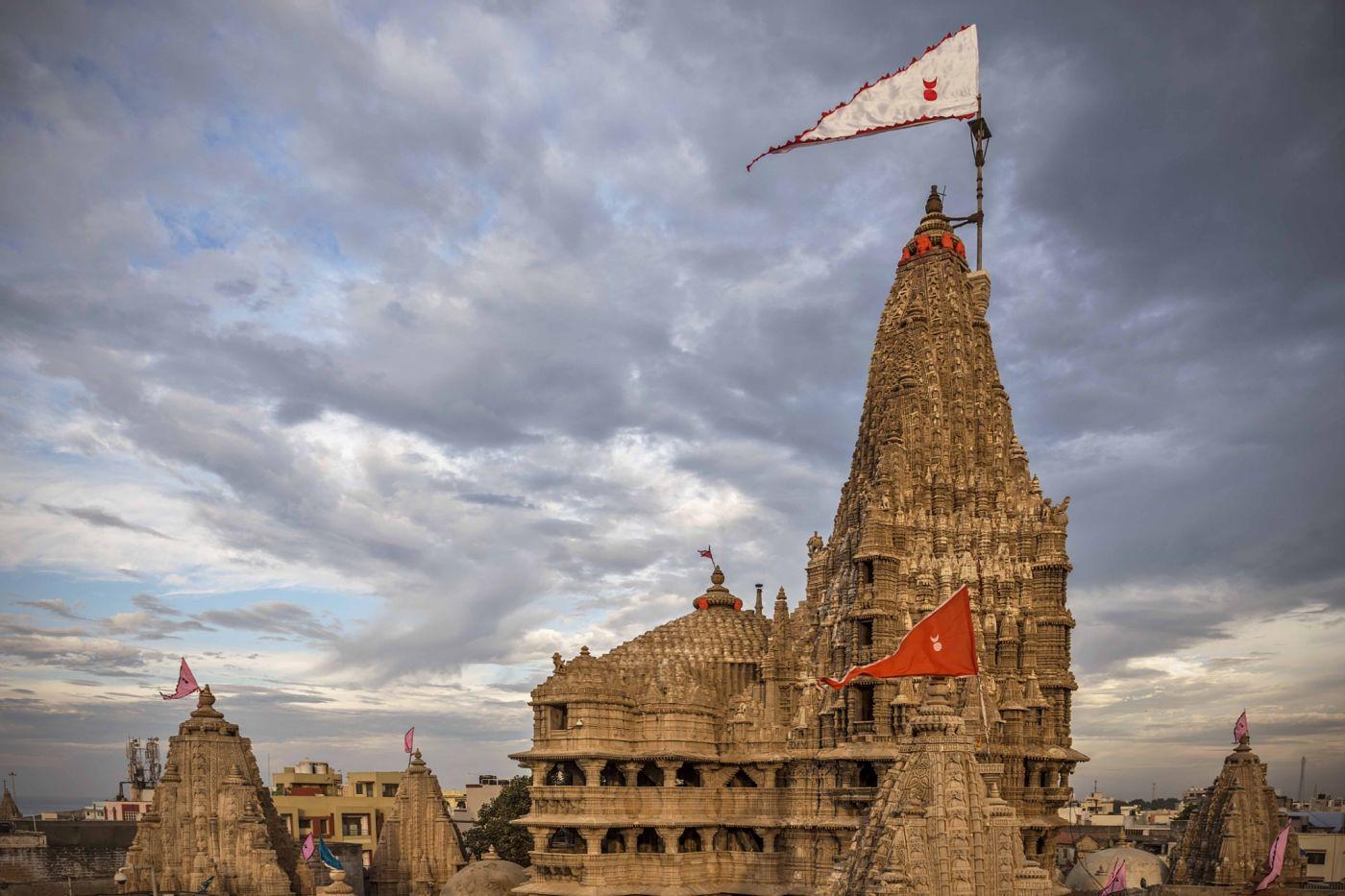 dwarkadhish temple dwarka