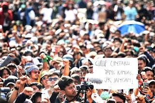 Merinding!! Mahasiswa Mulai Bergerak Bersatu Kritik Kinerja Legislasi DPR RI