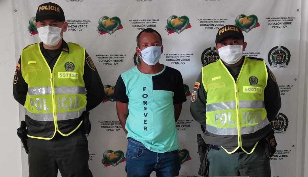 https://www.notasrosas.com/Lo capturan cuando portaba una escopeta de fabricación artesanal, de manera ilegal