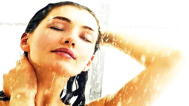 هل الاستحمام بشكل يومي مضر بالجسم؟