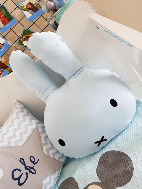 dekoratif bebek odası yastıkları