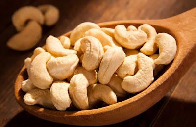 4 loại hạt chế biến món ăn chữa bệnh yếu sinh lý