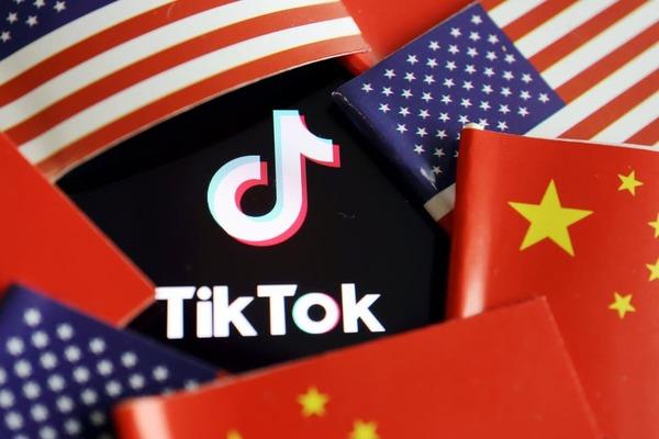 مؤسس تطبيق TikTok يكشف عن حقيقة مفاوضات مايكروسوفت للاستحواذ على التطبيق