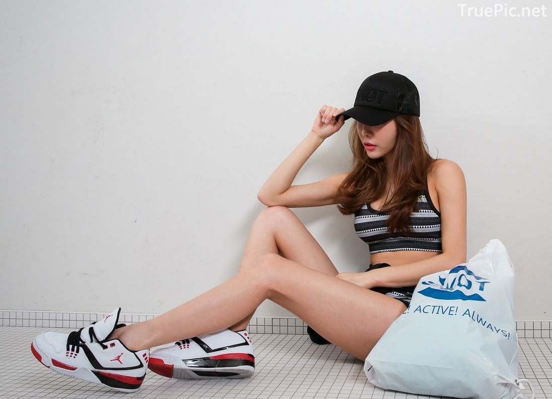 An Seo Rin - Short Shorts Fitness set - Korean model and fashion - Picture 9