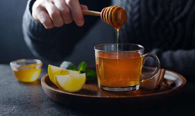 فوائد عصير البرتقال والعسل