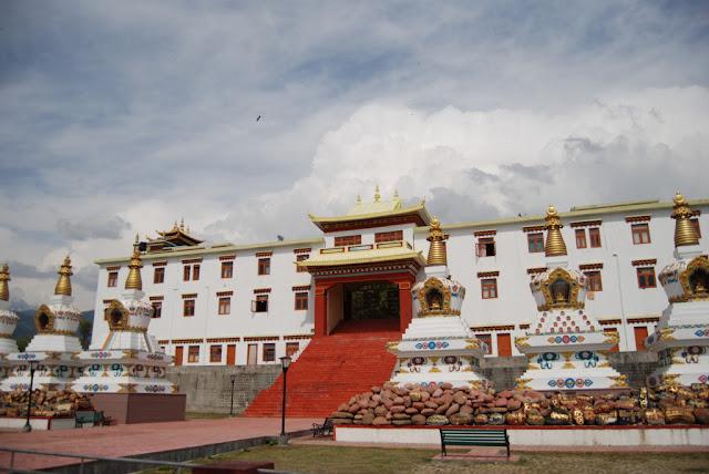 Chokling Monastery in Bir Billing