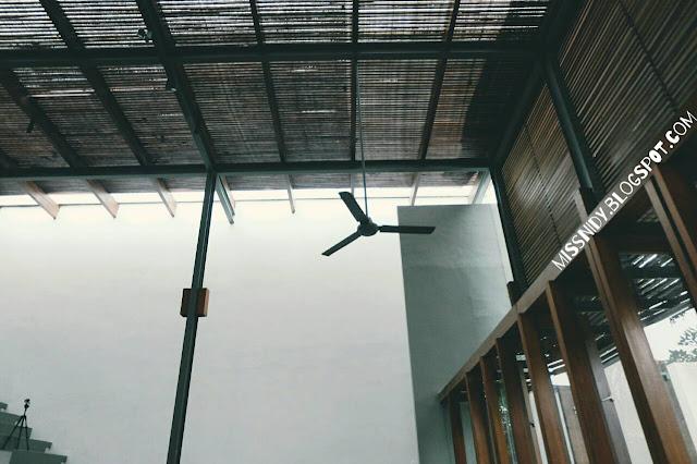foto-foto di dia.lo.gue art space kemang
