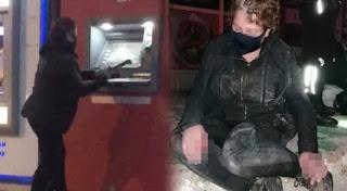 بالفيديو: امرأة تقوم بتحطيم أجهزة الصراف الألي في ولاية بورصة التركية