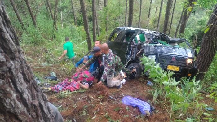BREAKINGNEWS: Mobil Pengangkut Siswa Bintara TNI Masuk Jurang di Gayo Lues