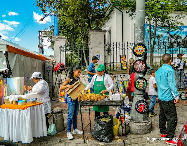 Comida típica da Colômbia na Feira de Usaquén, Bogotá