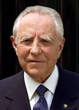 Carlo Azeglio Caiampi presidente della Repubblica italiana