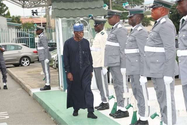 Customs sack 17 officers for drug addiction, certificate forgery