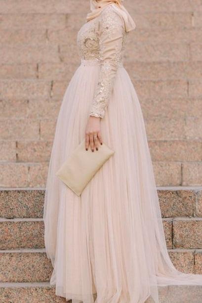 فستان سوارية رقيق