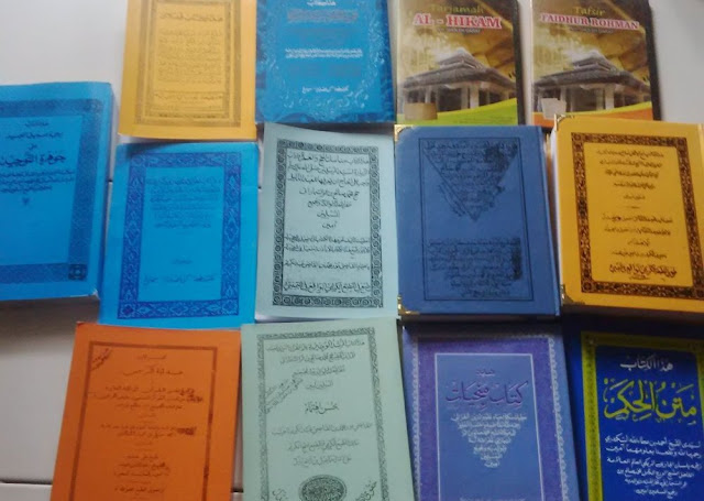 kitab dan buku tentang biografi kh sholeh darat