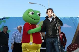 Gustavo Posse con el Sapo Pepe
