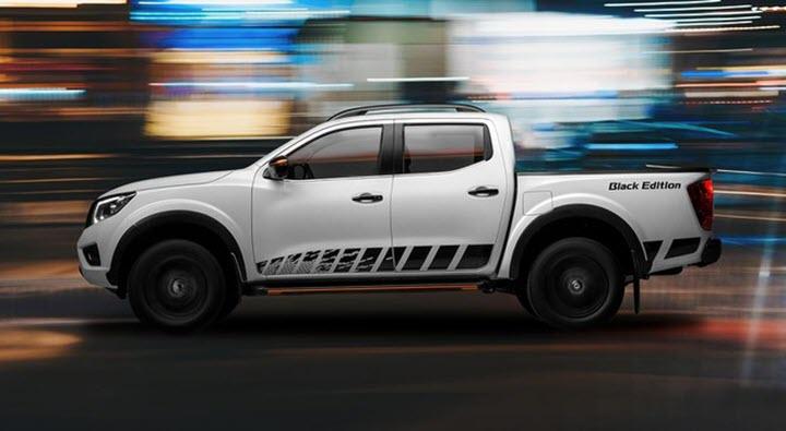 Nissan Navara Black Edition A-IVI thể thao hơn tại Việt Nam