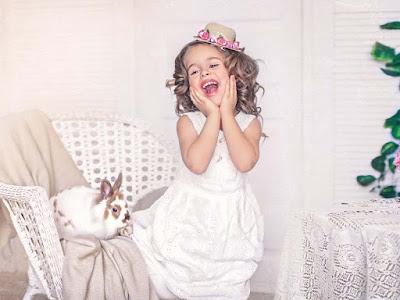 güzel gülümseyen bebek-wallapapers