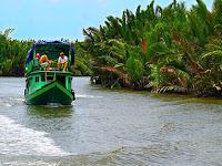 Pesiar ke Tanjung Puting yang Penuh Pesona