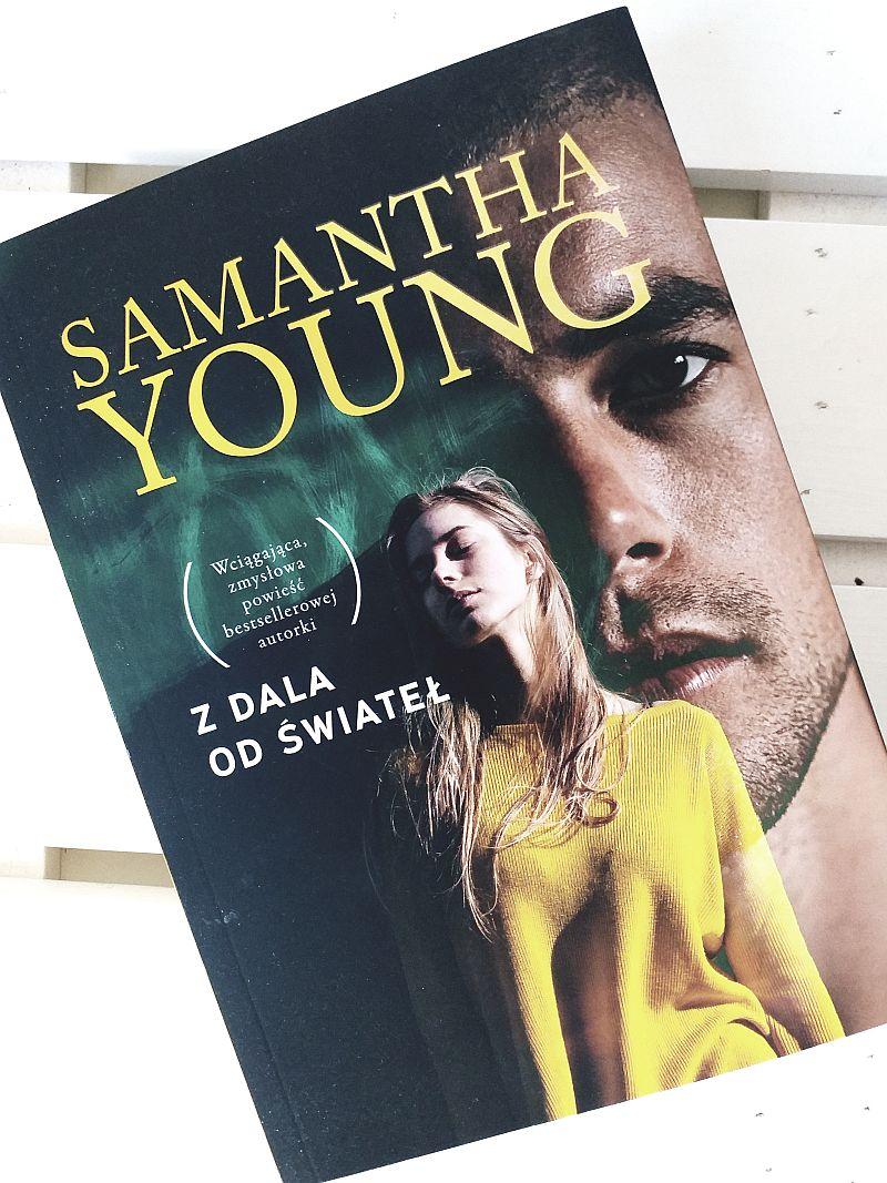 Z dala od świateł | Samantha Young