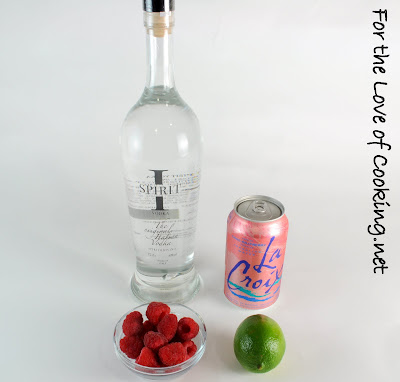 Vodka Cran-Raspberry Sparkling Water