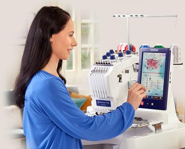 Máy thêu vi tính - công cụ đắc lực của các xưởng may